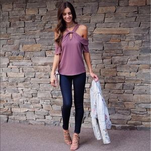 BNWT Leith cold shoulder top